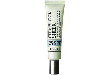 Clinique - Clinique City Block Sheer Oil-Free Daily Face Protector Broad Spectrum SPF 25 aurinkosuojavoide 40 ml