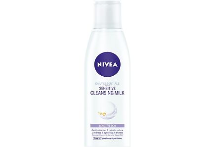 Nivea - NIVEA 200ml Daily Essentials Sensitive Cleansing Milk -puhdistusemulsio herkälle iholle
