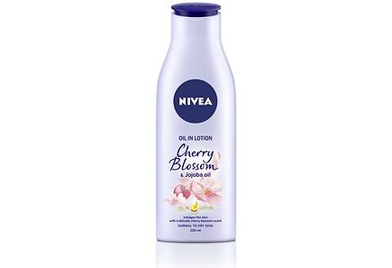 Nivea - NIVEA 200ml Oil In Lotion Cherry Blossom & Jojoba Oil -vartaloemulsio
